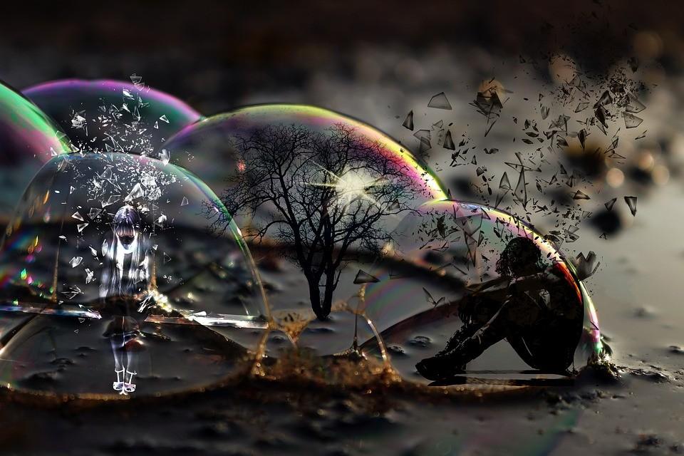 Ποια είναι τα «τοξικά βάρη» που δεν μας επιτρέπουν να ζήσουμε τη ζωή που επιθυμούμε;